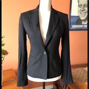 BCBG MAXAZRIA black fitted blazer